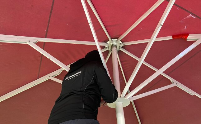 Reparaturservice für Ihren Schirm - Reparaturservice für Zangenberg Sonnenschirme
